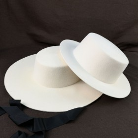 Boater hat white felt